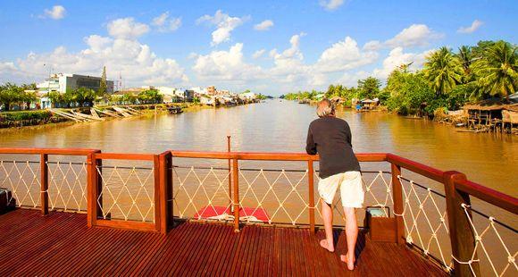 Mekong cruise Phnom Penh to Siem Reap