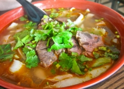 Spicy beef noodles in Bac Lieu