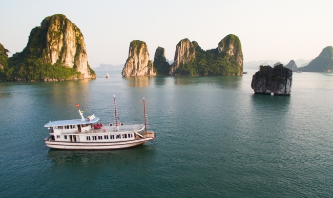 Halong Sen Day Cruise