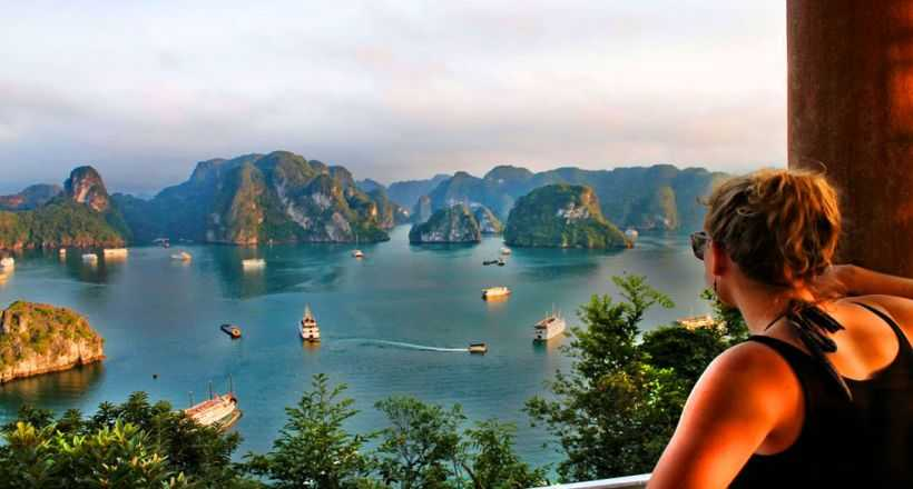 Fantastic Vietnam & Cambodia with Mekong River Cruise