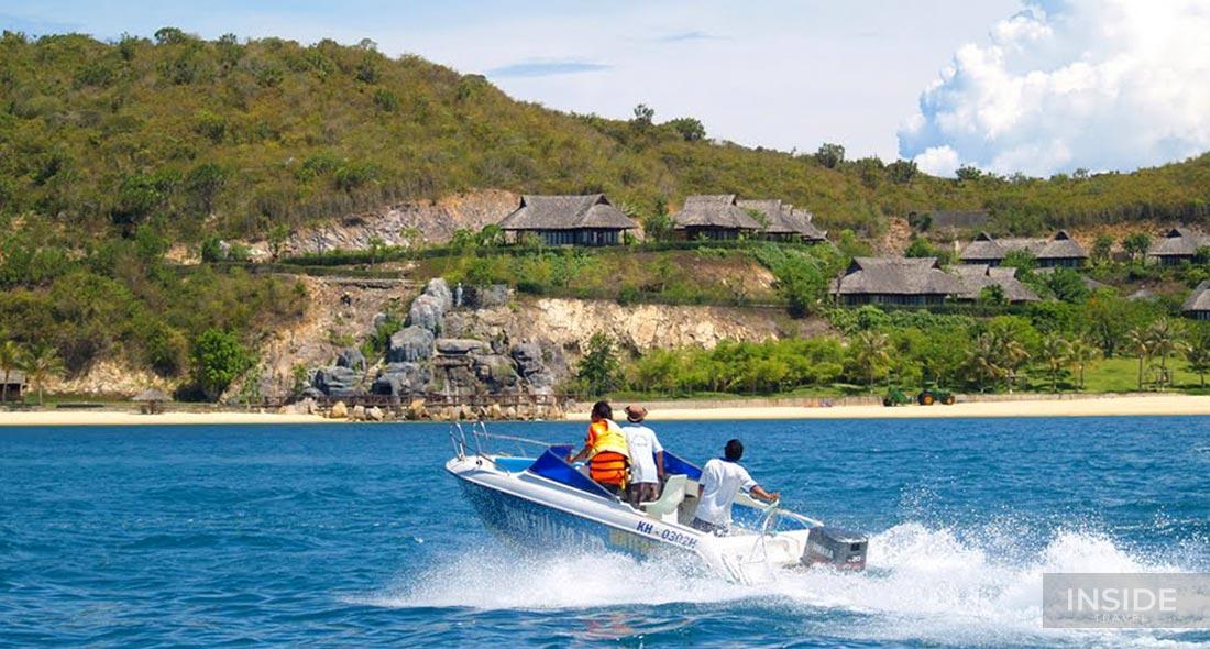 Explore Nha Trang Bay by speedboat full day