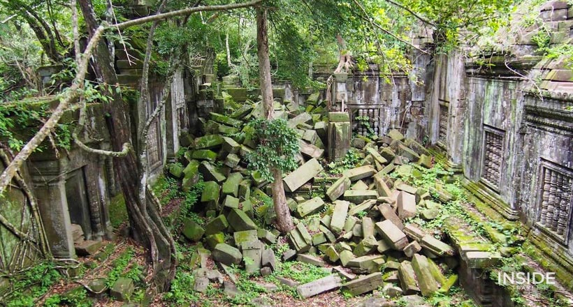 Cycling to Phnom Bok & Beng Mealea Temples