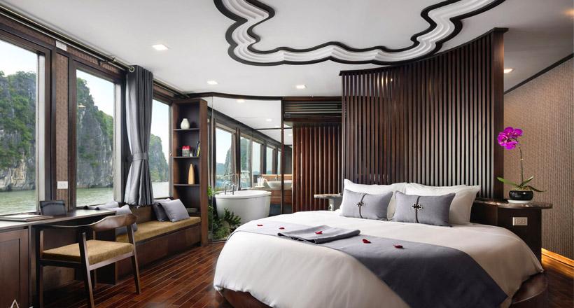 Luxury Combo: Orchid Cruise + Hotel de L'Opera