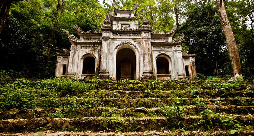 One day trip to Perfume Pagoda