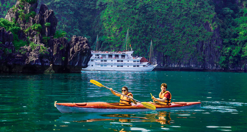 Hanoi & Halong Bay Overnight Cruise Package
