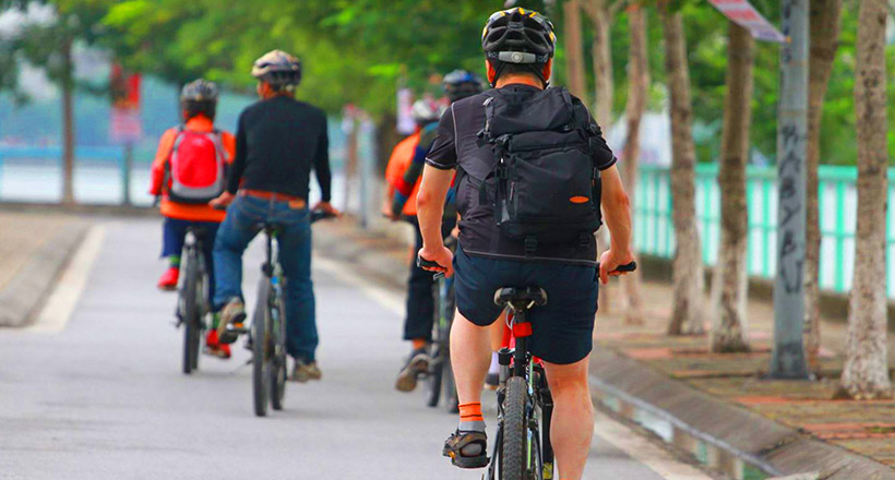 Cycling to Traditional Handicraft Village from hanoi